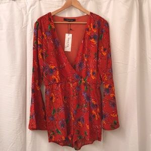 NWT Floral Bell-Sleeve Romper Sz S
